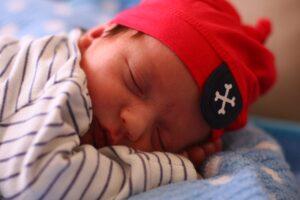 badania niemowląt po urodzeniu