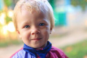 wzmożone napięcie mięśniowe u rocznego dziecka